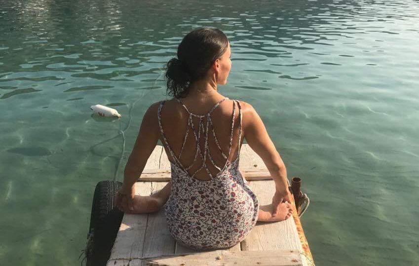 Ana Chidzoy Yoga About